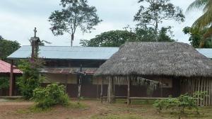 la iglesia de Sarayaku